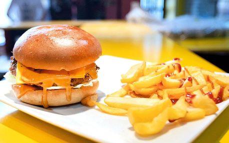 Výběr ze 4 druhů burgerů a steakové hranolky