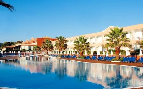 Řecko - Korfu na 4 až 5 dní, all inclusive s dopravou letecky z Prahy, přímo na pláži