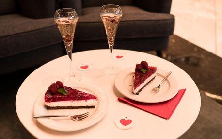 Valentýnský nápoj a dezert podle výběru