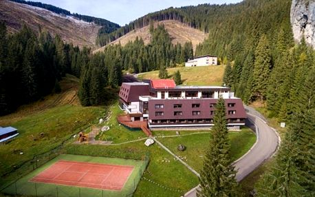 Nízké Tatry: Hotel Repiská