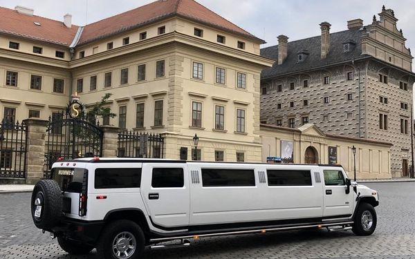 Pronájem limuzíny Hummer H2, 1 hodina, počet osob: maximálně 13 osob, Praha (Praha)4