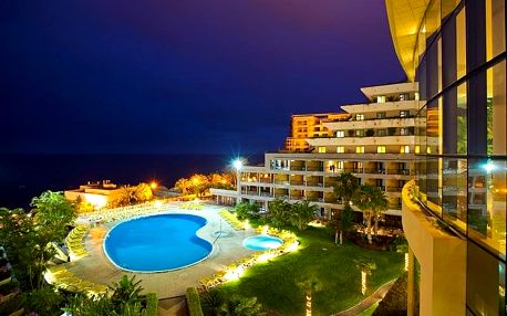 Madeira - Funchal na 8 dní, all inclusive s dopravou letecky z Prahy, 200 m od pláže
