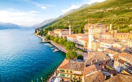 Lago di Garda na 4 - 8 dní v historickém Garda Family House u pláže s polopenzí