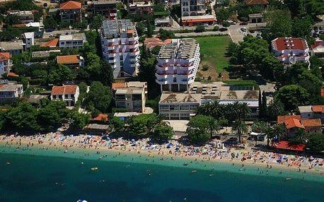 Chorvatsko - Gradac na 8 dní, polopenze s dopravou vlastní, 100 m od pláže