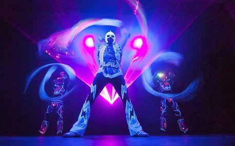Představení Wow Show v Černém divadle