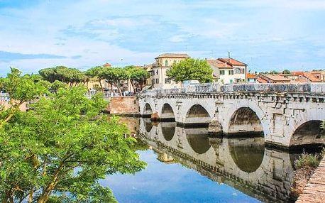 Historické Rimini u moře se snídaní
