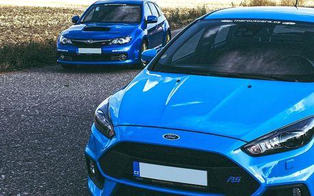 Rychlá jízda v Subaru Impreza nebo Fordu Focus