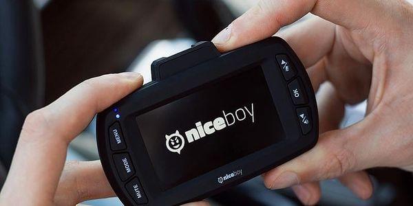 Autokamera Niceboy PILOT Q8 černá2