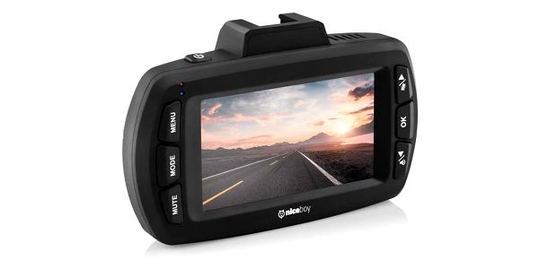 Autokamera Niceboy PILOT Q8 černá4