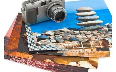 Sada 10 fotografií velikosti A4 nebo A3. Fotografie jsou vytištěny na kvalitní křídový papír.