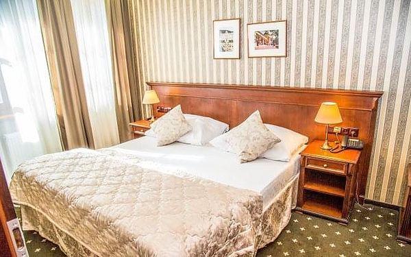 Mariánské Lázně: luxus v Golf Hotelu Morris **** s polopenzí a procedurami