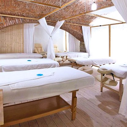 Párový wellness balíček: masáž, sauna a drink
