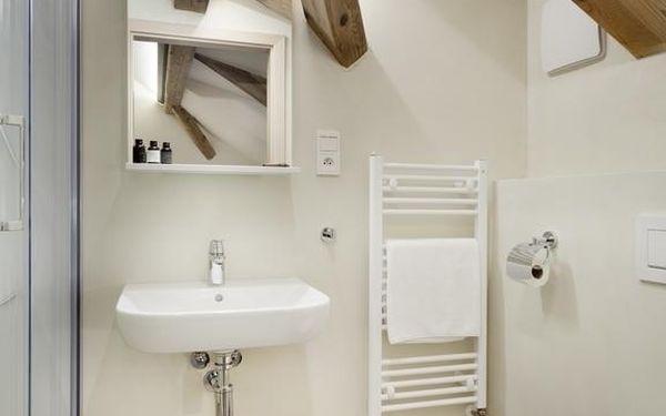 Jednolůžkový pokoj s vlastní koupelnou2