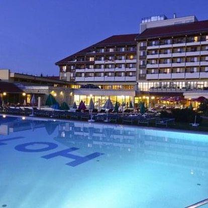Maďarsko, Tapolca, luxusní Hotel pelion AUTOBUSEM s polopenzí a wellness, nástupní místa z celé ČR