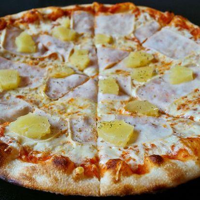 Dvě 32cm pizzy podle výběru z 9 druhů
