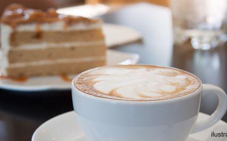 Káva a dort pro 1 i 2 v kavárně ve Zlatém jablku