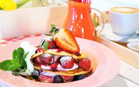 Snídaně jako od babičky: sandwich i lívance