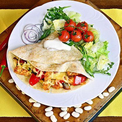 3chodové mexické menu pro dva: tortilly i nachos