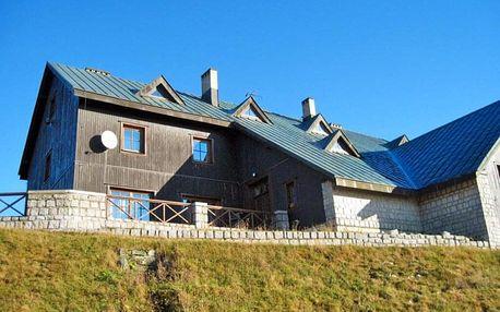 Krkonoše v horské chatě s polopenzí a hodinou sauny zdarma – i přes léto