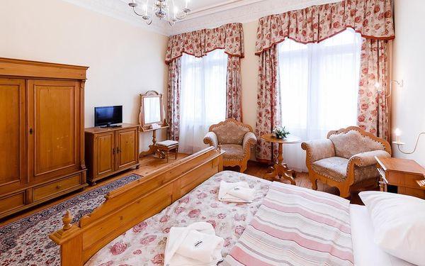 Pokoj Standard s manželskou postelí King nebo 2 oddělenými postelemi3