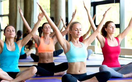 1–3 lekce cvičení pro ženy všech věkových kategorií
