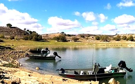 Španělsko - rybářský pobyt pro 1 osobu na 7 dní v nově otevřeném kempu Ebro.