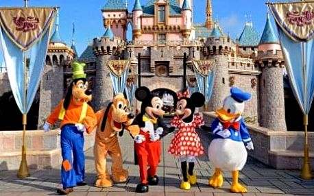 Jeden den v Disneylandu s foto pauzou u Eiffelovky. Zábavný 3-denní zájezd