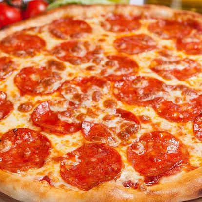 Jedna pizza o průměru 45 cm podle výběru