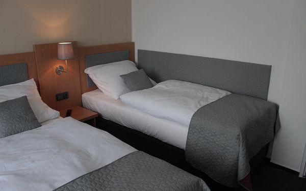 Levný dvoulůžkový pokoj s manželskou postelí nebo oddělenými postelemi4