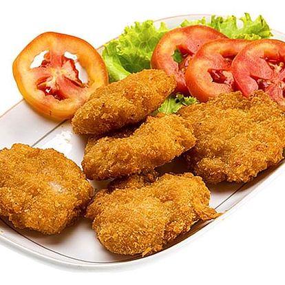 Restaurace U Švejka 1/2kg kuřecích řízečků, hranolky, tatarka + dortík na osobu, pro 2-4 osoby.