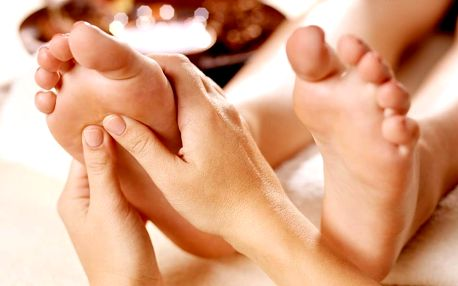 60minutová thajská masáž pro unavené nohy