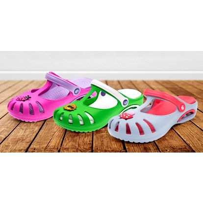 Dětské pantofle Clogsy vyrobené na Slovensku