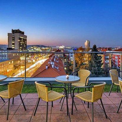 Praha: Hotel jen 10 minut metrem od Václaváku se snídaní a slevou do restaurace