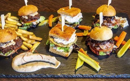3 miniburgery s hovězím i cizrnou a hranolky pro 2