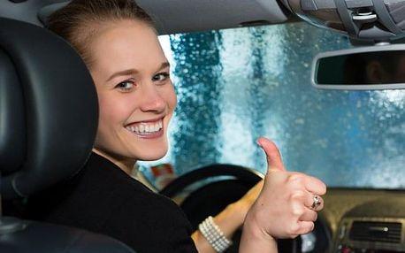 Čištění interiéru vozu, péče o exteriér nebo kompletní péče