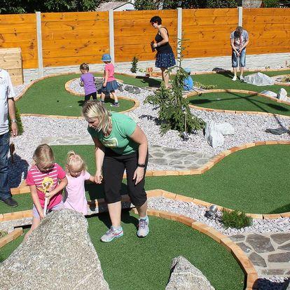 Oblíbená hra Adventure Golfu pro děti i dospělé
