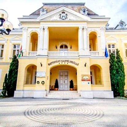 Maďarsko na zámku s termálním wellness