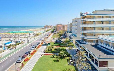 Itálie v Hotelu Caesar **** u pláže na 6 dní s polopenzí, bazény a saunou