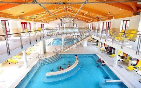 Eger, Hunguest hotel Flóra s wellness a přímým vstupem do termálních lázní