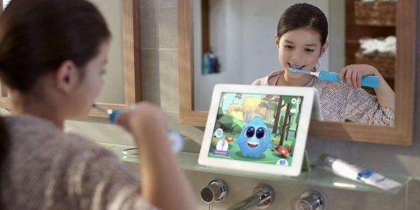 Zubní kartáček Philips Sonicare For Kids HX6322/04 bílý/zelený4