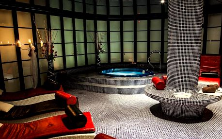 Dámská jízda s wellness, plnou penzí a procedurami v hotelu Morris**** v České Lípě