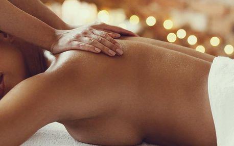 90minutová masáž šíje, zad, nohou i hýždí