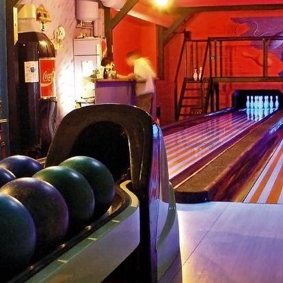 Bowling i kulečník a jídlo pro dva nebo partu