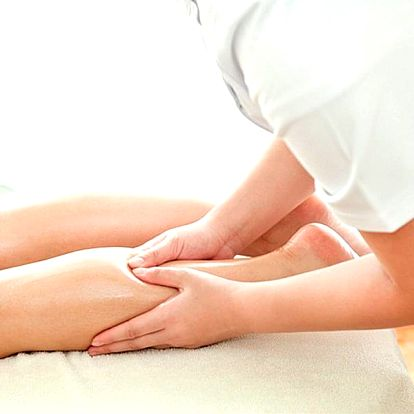 Relaxační masáž nohou z obou stran se zábalem z Mrtvého moře v délce 60 minut.
