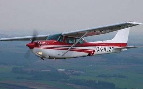 Let na pohyblivém simulátoru Cessna 182RG