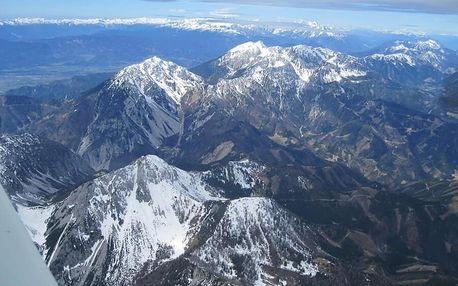 Výlet vyhlídkovým letadlem nad Alpami