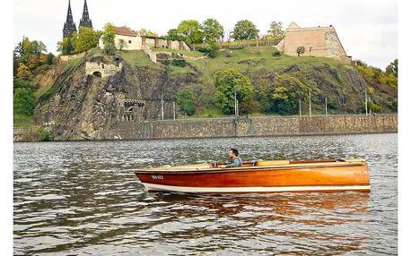 Romantická plavba po Vltavě s kapitánem