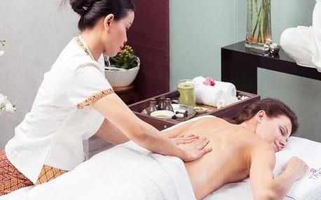 Královská thajská bylinná masáž s olejem