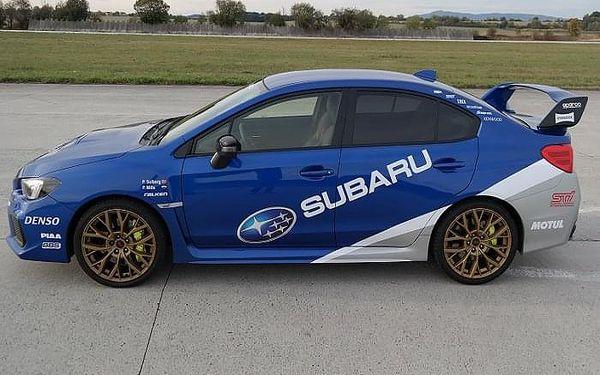 Subaru Impreza - sprint na letišti | Loukov (okr. Mladá Boleslav) | 1. duben - 31. říjen (pátek – pondělí) | 70 minut včetně administrativy a instruktáže.3