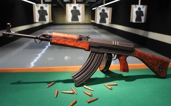 Střelba z dlouhých zbraní na 50m střelnici